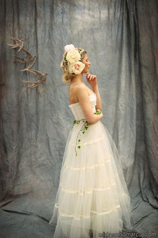 Wedding dress old fashion always elegant !!!