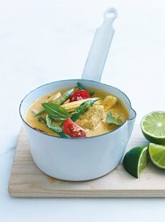 thai chicken and bean curry