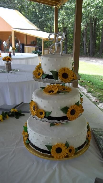 Wedding Cake with Sunflowers and 'H' cake topper