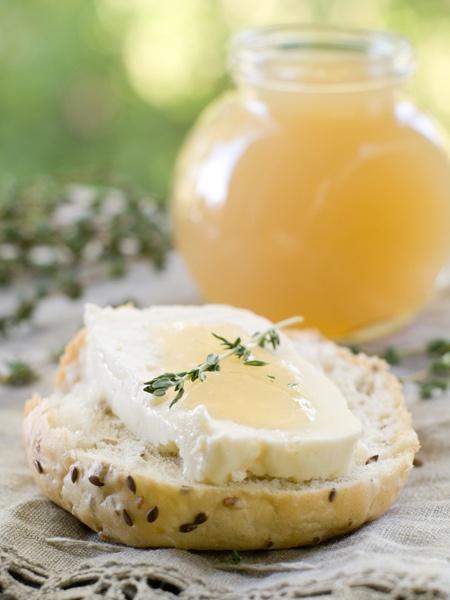 Fresh, yummy, pretty! #food #cooking #foodphotography #baking #breakfast #bread #honey,