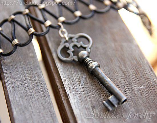 Steampunk jewelry Steampunk necklace skeleton key by Arctida