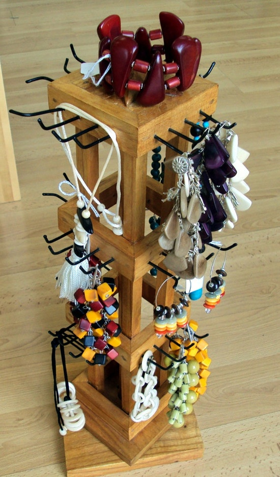 Spinning wooden Jewelry Display
