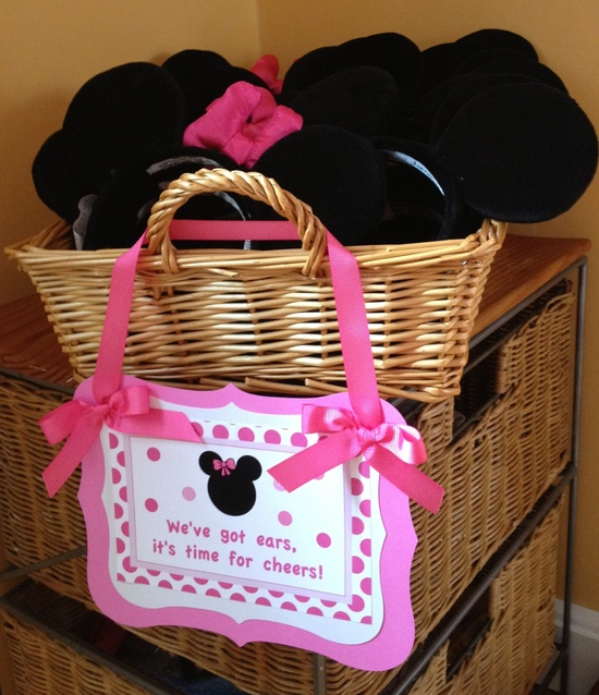 Minnie party favors!