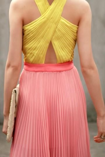 accordion pleats and unexpected cutouts #fashion #summer