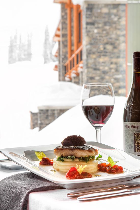 Great #food and #wine to be had at the Sunshine Mountain Lodge #winter #foodie #vino #TravelTuesday