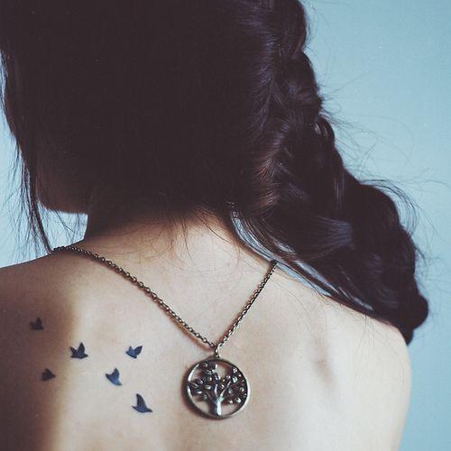 Another cute bird tattoo (from Tea