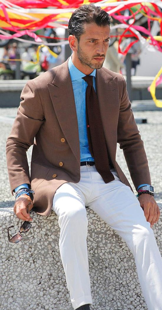 men fashion...love the white slacks with the pop of color!
