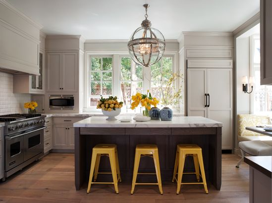 love this kitchen!