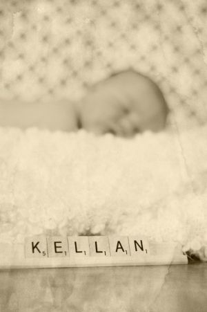 newborn photo idea - i like this