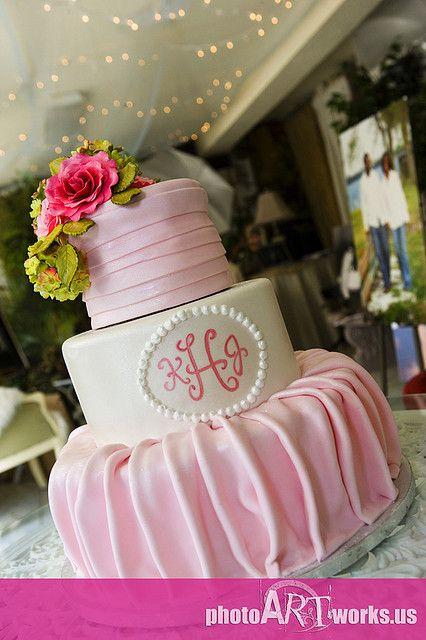 Romantic Wedding Cake #dental #poker