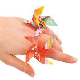 a cute tutorial :) Pinwheel Rings