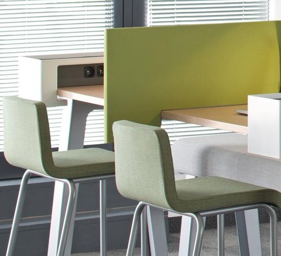 Mesas de trabajo de varios módulos. #interiorismo #office #design