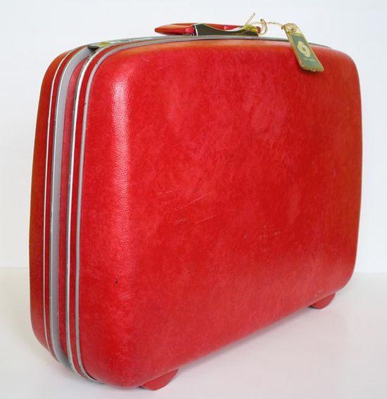 Vintage Red Luggage  // hootandeye  Had a set just like this!!1