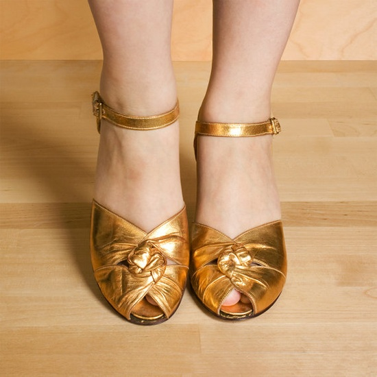 Vintage 1930s shoes Golden leather peep toe mary jane