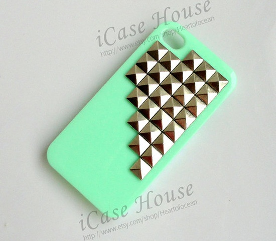 iPhone 4 case Studded iPhone 4 Cases iPhone 4s by iCaseHouse, $12.99