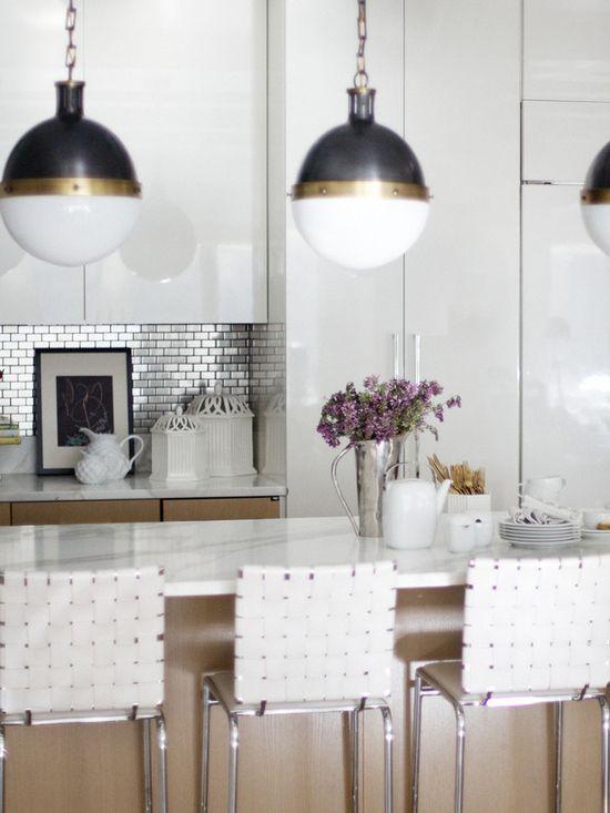 Modern Kitchen-stainless backsplash