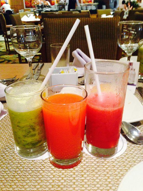fresh juice: Lulada, papaya, & strawberry