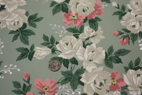 1940's Vintage Wallpaper Stunning white roses and pink flowers on green