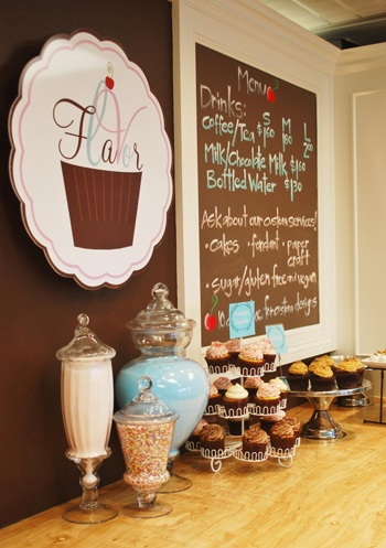 Flavor Cupcakery... I Love the Design