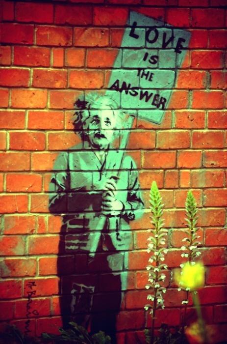 #graffiti  #einstein  / love is the answer