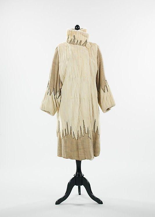 Evening coat (1925)