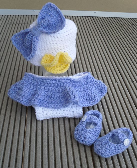 Daisy duck Disney inspired crochet baby outfit