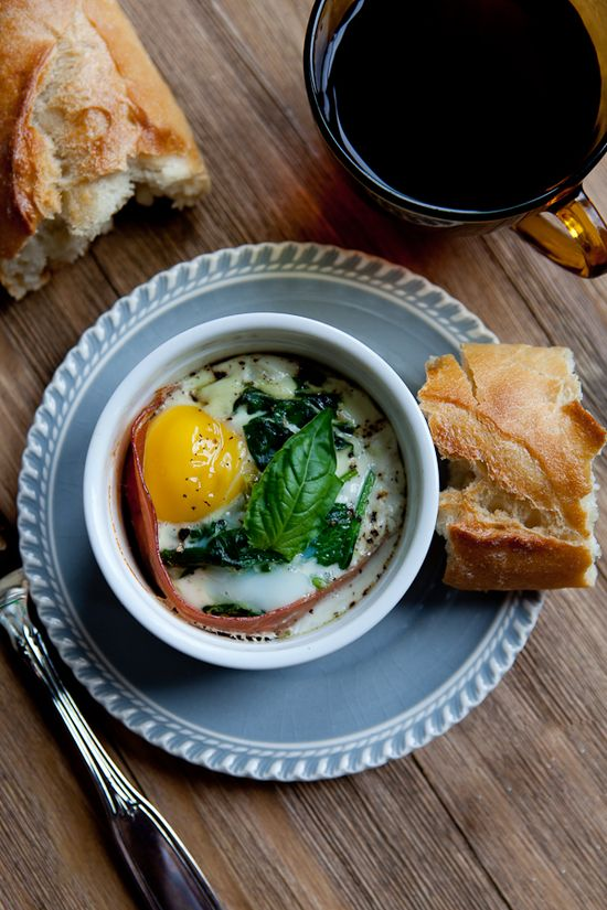 Baked Eggs with Goat Cheese and Prosciutto by shoottocook #Eggs #Goat_Cheese #Prosciutto