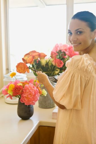 A Handy-Dandy Guide to Flower Arrangement: DIY Tips From a Pro!