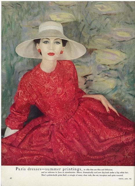 Dovima in red, 1956