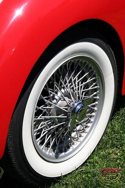 1960 Triumph TR3A #coolcars QuirkyRides.com