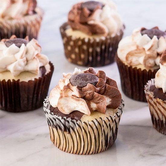 Marble Cupcakes Recipe #glutenfree Chocolate & Vanilla are best friends & good cupcake companions ... easy #cupcakerecipes