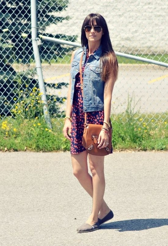 fashion girl with toms shoes