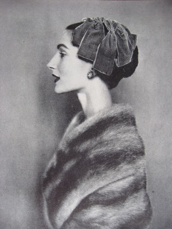 her velvet ribbon hat, to die for ! Vogue, November 1954.  Photo: Cecil Beaton.