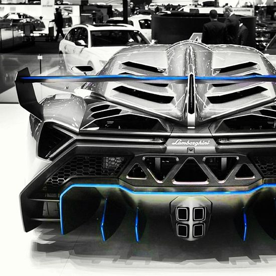 The Incredible Lamborghini Veneno car