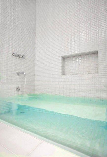 A glass bath tub