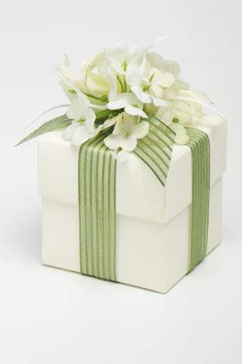 spring giftwrapping