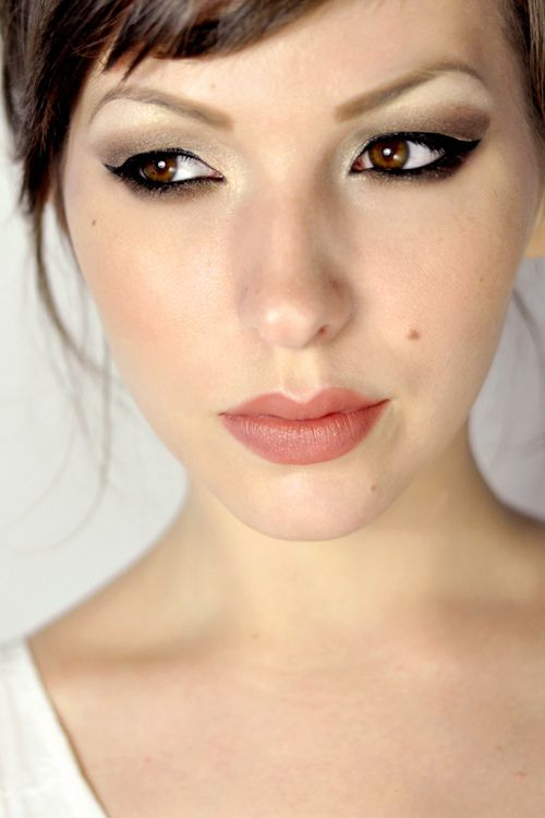I can never get the cat-eye look to look right, but maybe if I use this as inspiration I can!