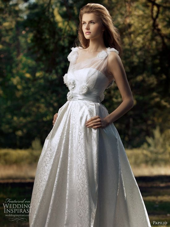 Paplio Russia 2011 wedding dress - Polaris bridal gown, romantic Forest Dreams collection