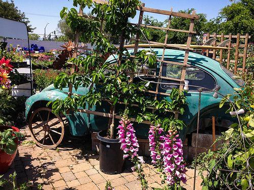 VW garden decor