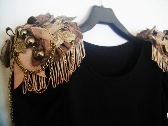 Glamorous hangers-epaulettes hand made