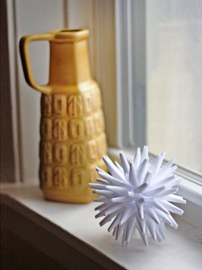 DIY Modern Paper Ornament