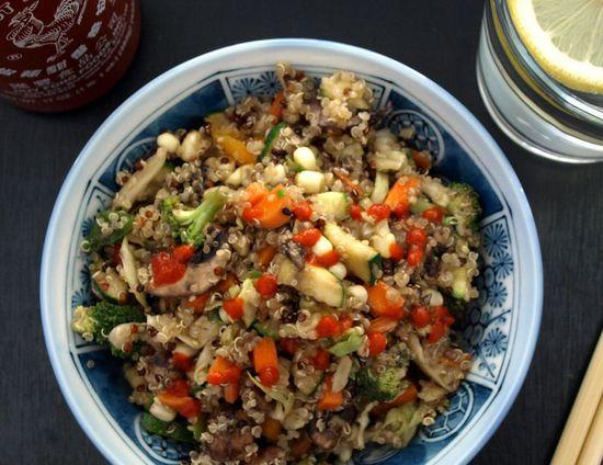 Vegetable 'Fried Rice' Quinoa by thesimpleveganista #Quinoa #Fried_Rice #Veggie