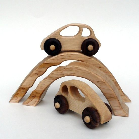 Wood Toys ... papa needs to make these for Will