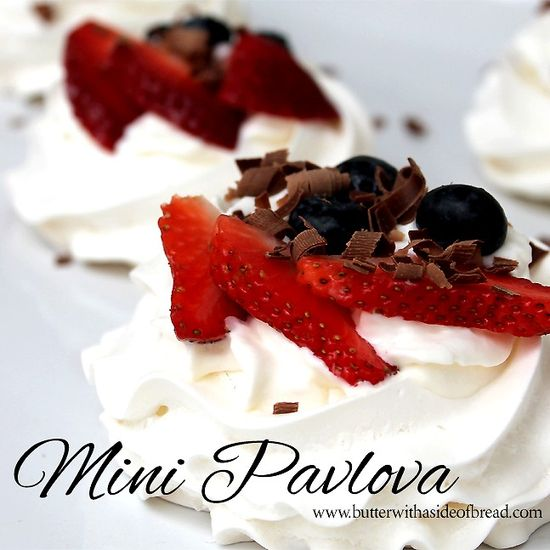 Mini Pavlova ~ Delicious and elegant dessert- and its SO easy! Butter with a Side of Bread #recipe #dessert