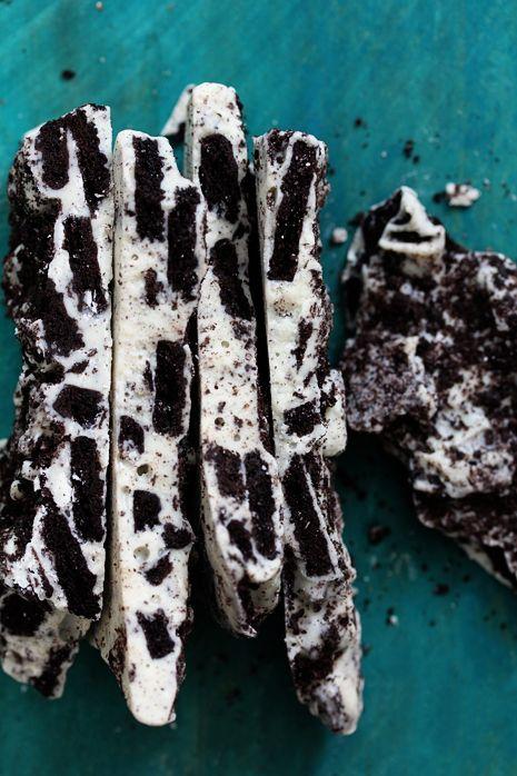 Oreo Cookie Bark.  2 ingredients, 20 minutes