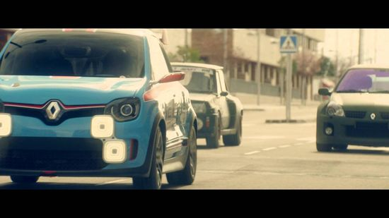 Renault Twin'Run concept car: the city-car with a kick! Twin'Run is a new concept car which cultivates the sporting spirit of the brand and celebrates automotive passion by paying homage to the legendary R5 Turbo and Clio V6.