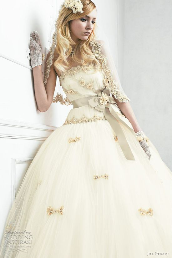 Jill Stuart Wedding Dresses 2011  The Sixth Collection