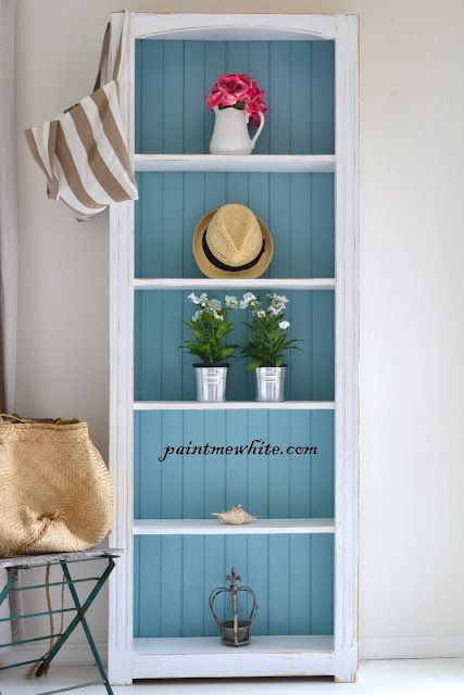 Great shelf with blue for bathroom
