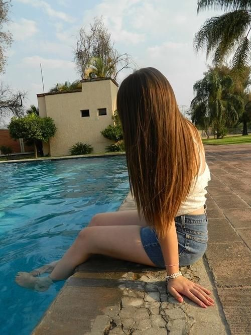 perfectly  straight hair...how do you do that AND make it look thick?