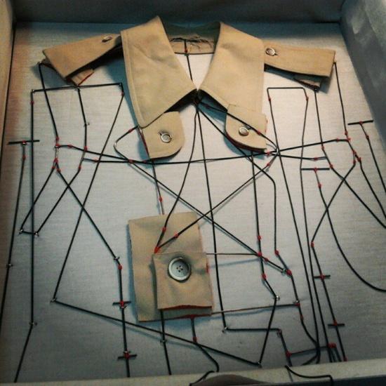 Rodrigo Acosta   ....cuatro pequeñas cajas..... :-)